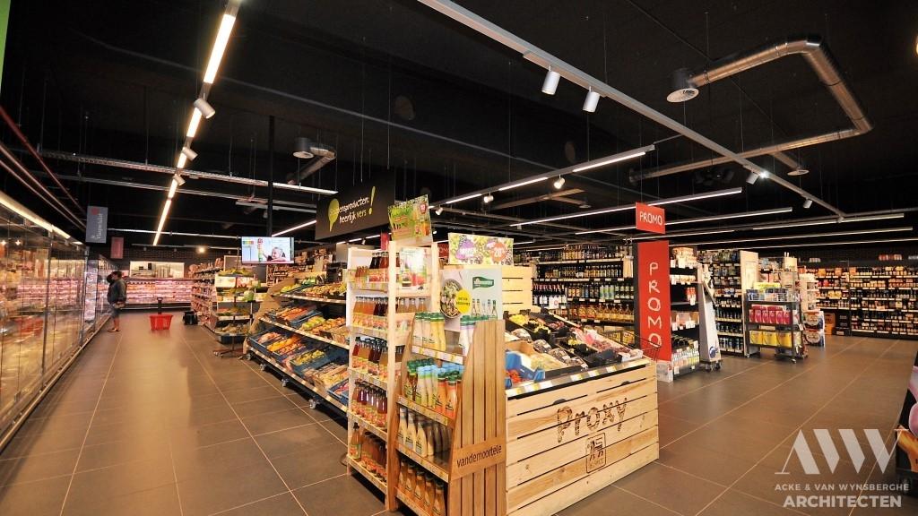 retail store winkelpand L St.-Jan-In-Eremo (3)