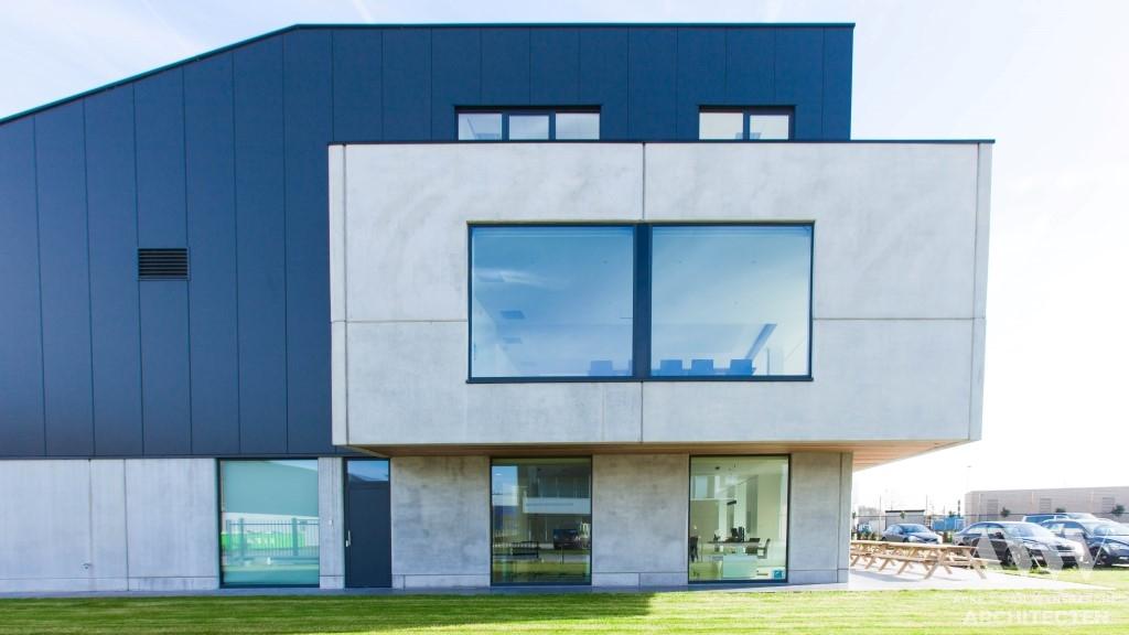 office building bedrijfsgebouw C Evergem (1)