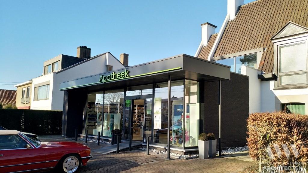 pharmacy apotheek. H Eeklo (3)