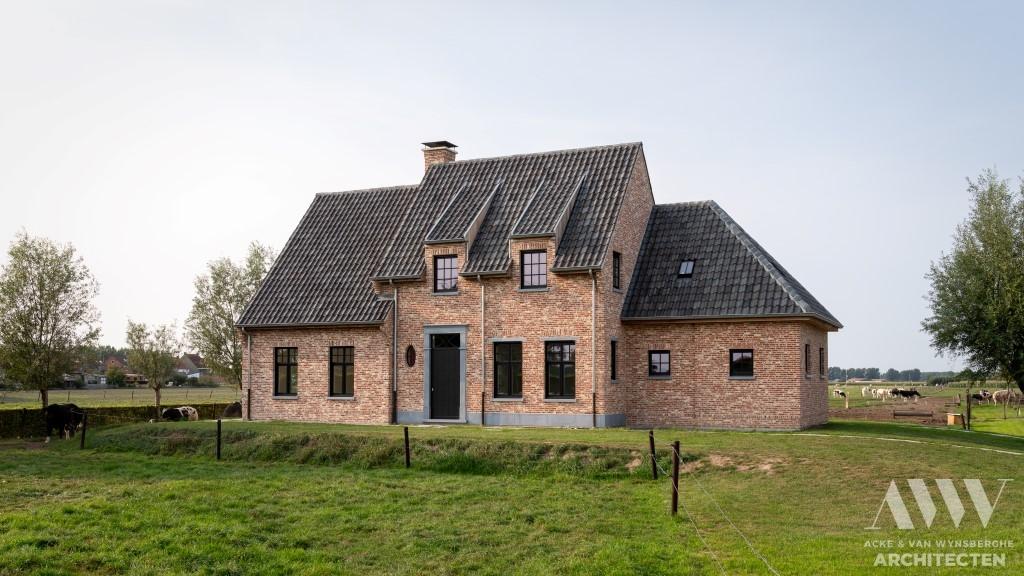 A rural house landelijke woning E Waterland Oudeman (1)