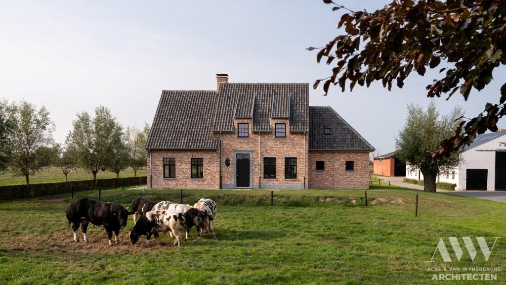 A rural house landelijke woning E Waterland Oudeman (2)